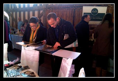 Groom chooses table display