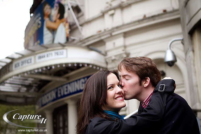 Central London engagement photograph 5