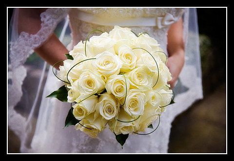 wedding photo of Lela's bouquet