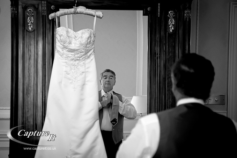 warren-house-wedding-photograph